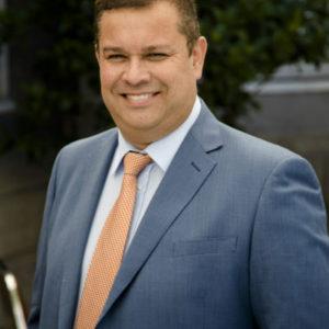 Ciro Toro, Jefe Comercial EE